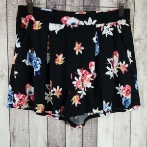 Express black floral print pleated pull-on shorts